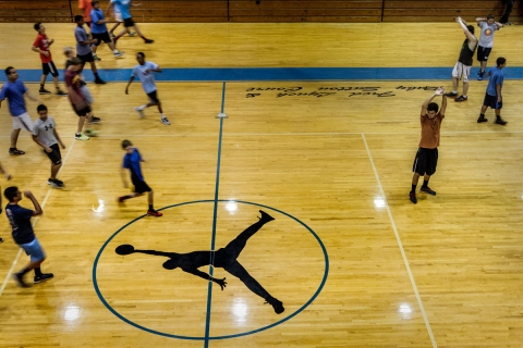 How to Get Students to be More Involved in School Sports Picture
